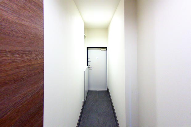 M+FLATS 711玄関